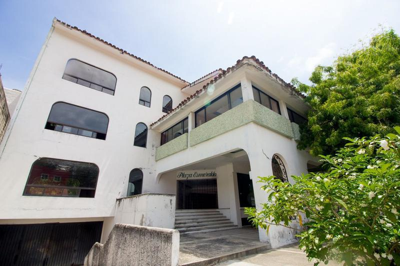 Foto Casa en Venta en  Balcones Tangolunda,  Santa María Huatulco  Espacio comercial en Tangolunda Huatulco