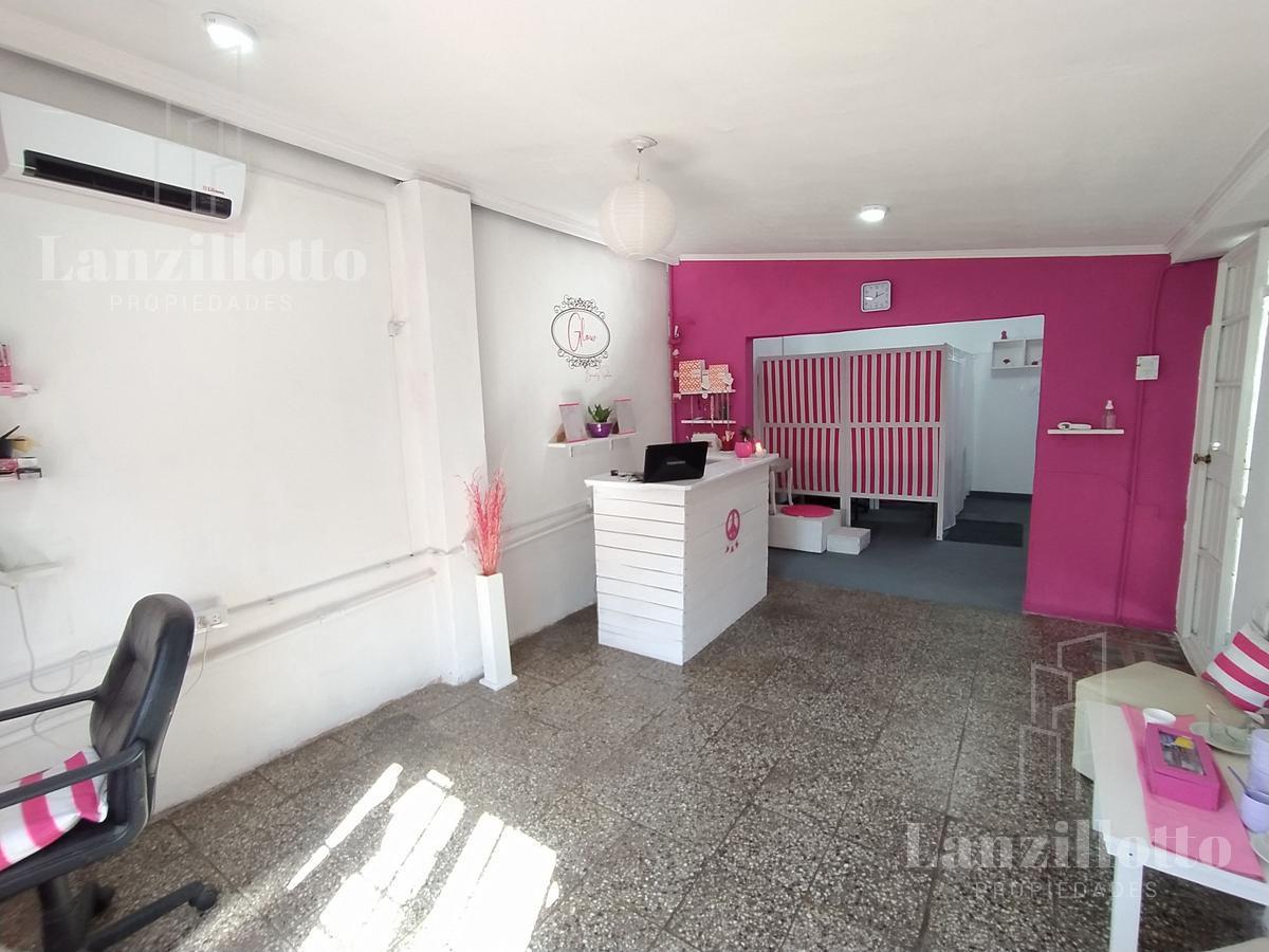 Foto Casa en Venta en  Lanús Este,  Lanús  Sitio de montevideo al 2300