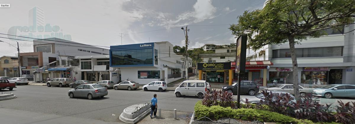 Foto Local en Venta en  Norte de Guayaquil,  Guayaquil  VENDO 2 LOCALES RENTEROS COMERCIALES EN LA AVENIDA VICTOR EMILIO ESTRADA