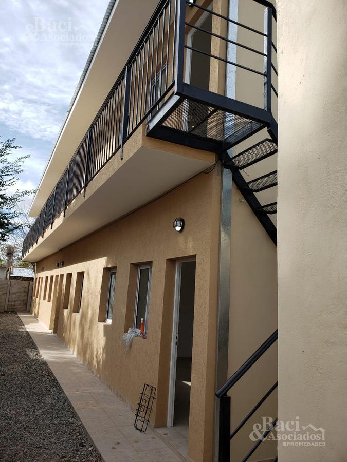 Foto Departamento en Venta en  Ezeiza ,  G.B.A. Zona Sur  Coronel Amadeo al 100