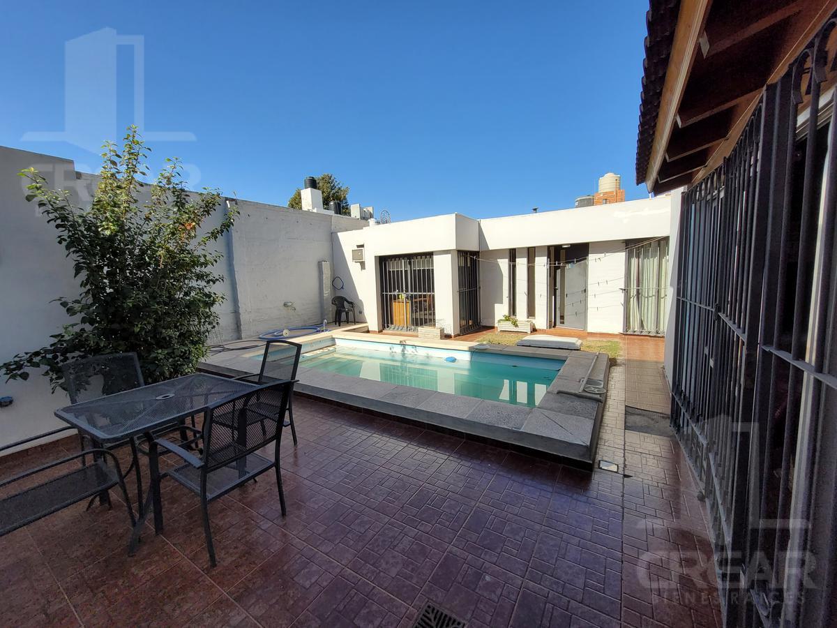 Foto Casa en Venta en  Res.San Carlos,  Cordoba Capital  Ansenusa 2893