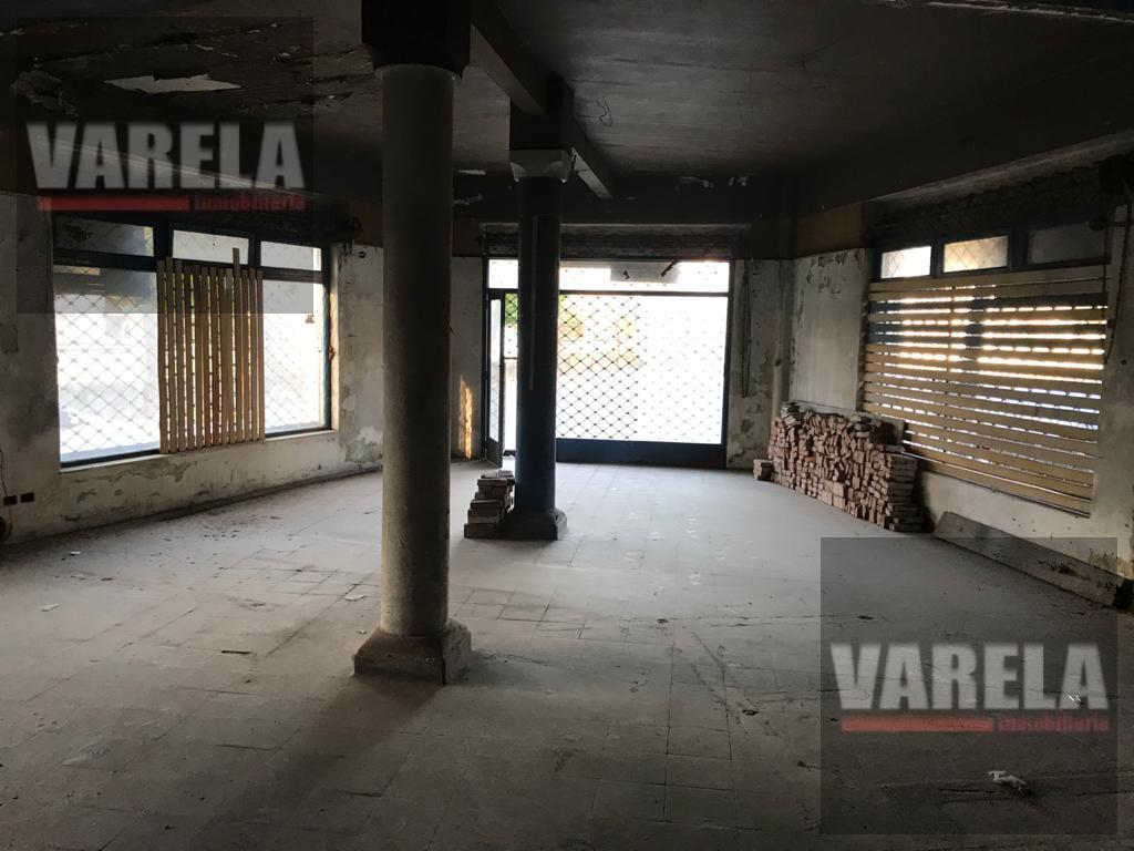 Foto Local en Venta en  Villa Devoto ,  Capital Federal  Av. Salvador María del Carril y Marcos Paz