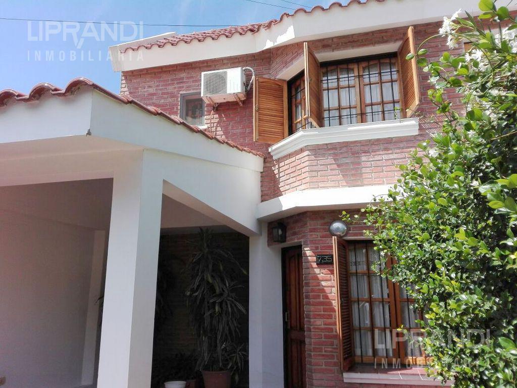 Foto Casa en Venta en  Residencial Velez Sarsfield,  Cordoba Capital  Lazaro Langer al 700