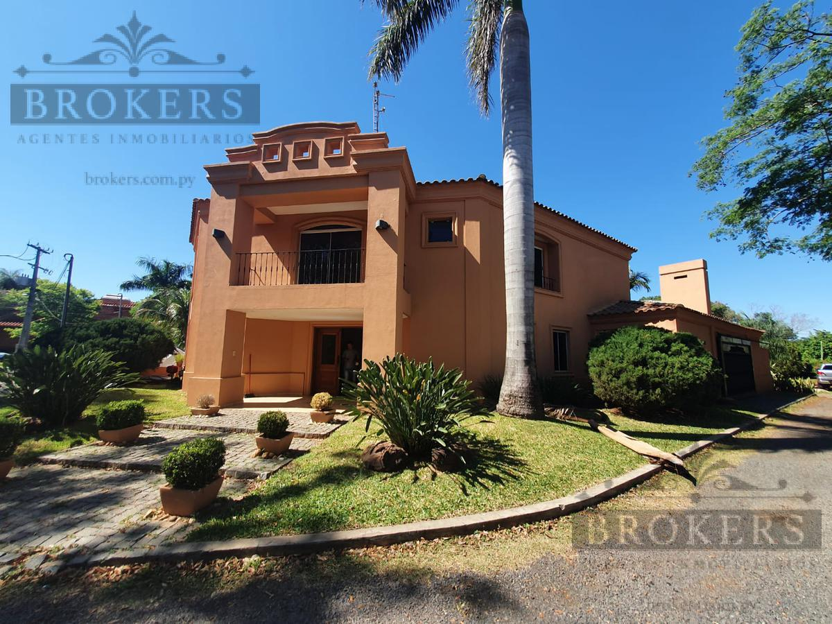 Foto Casa en Alquiler en  Loma Merlo,  Luque  Alquilo Casa De 3 Suites En Barrio Cerrado Zona Aeropuerto