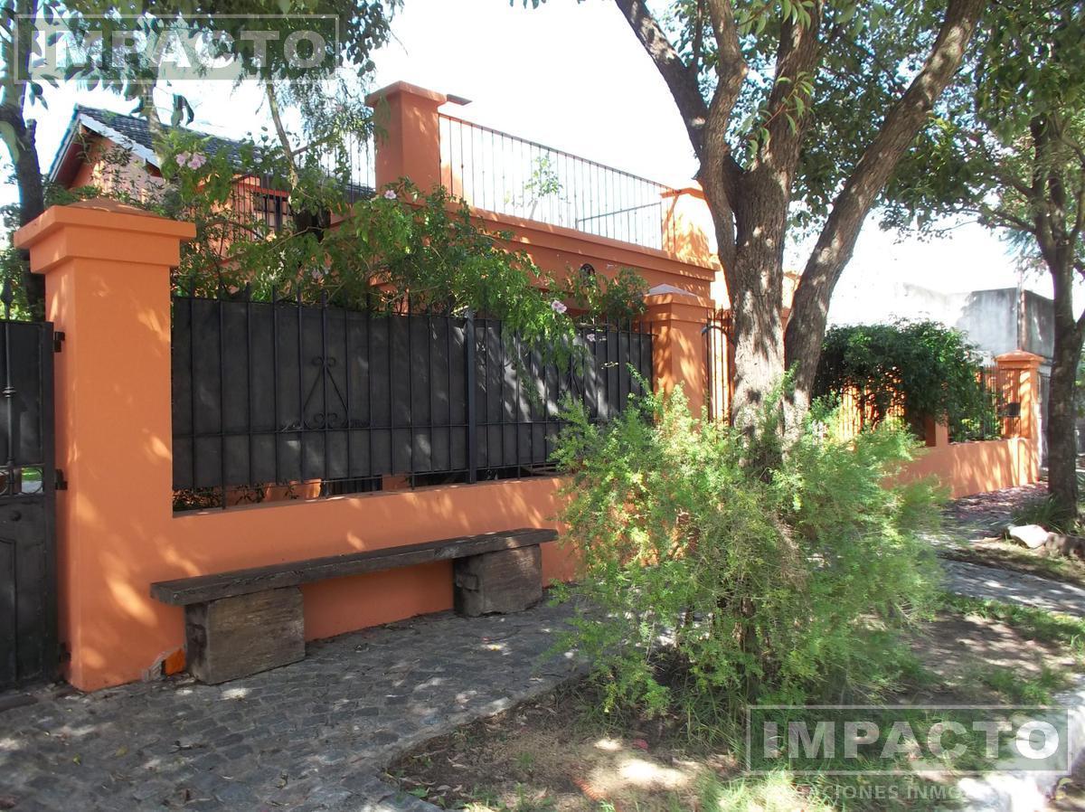 Foto Casa en Venta en  Cañuelas ,  G.B.A. Zona Sur  Olavarría al 300