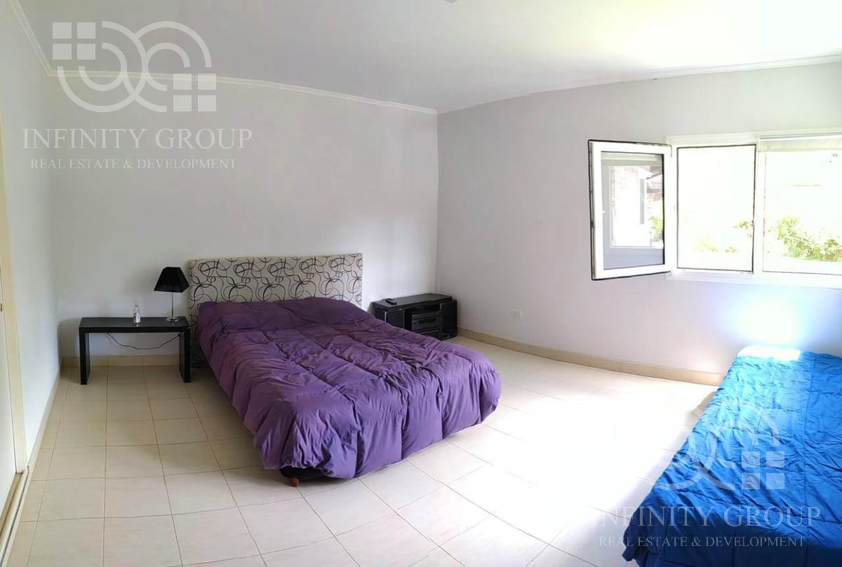Foto Casa en Venta en  Barrio Los Bosquecitos,  Coronel Brandsen  Cnel. Suarez 200