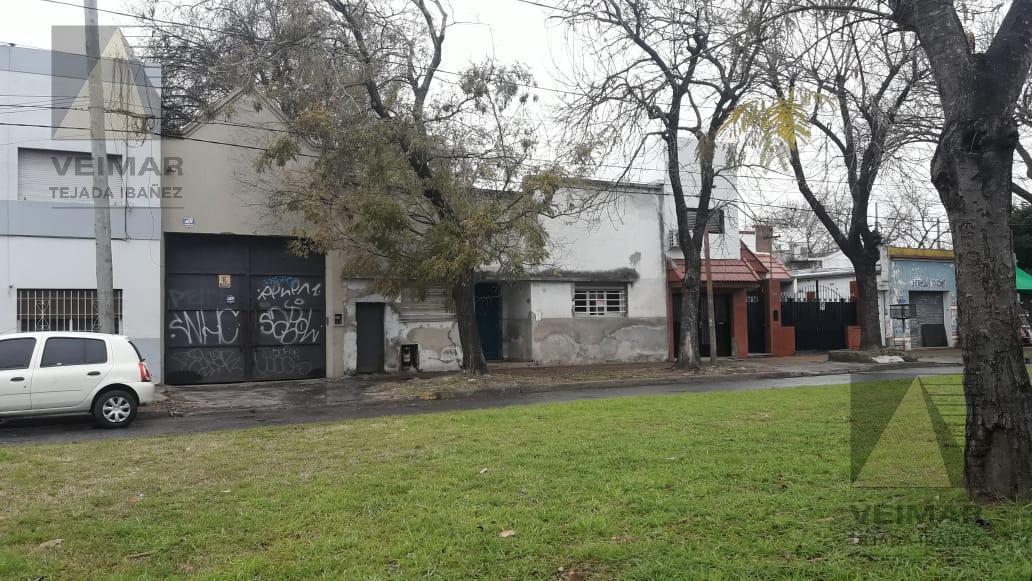 Foto Local en Venta en  La Plata,  La Plata  38 N°: 134 E/ 117 Y 118 DEPOSITO INTERNO