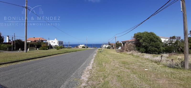Foto Terreno en Venta en  Punta Colorada ,  Maldonado  Avenida Central Punta Colorada