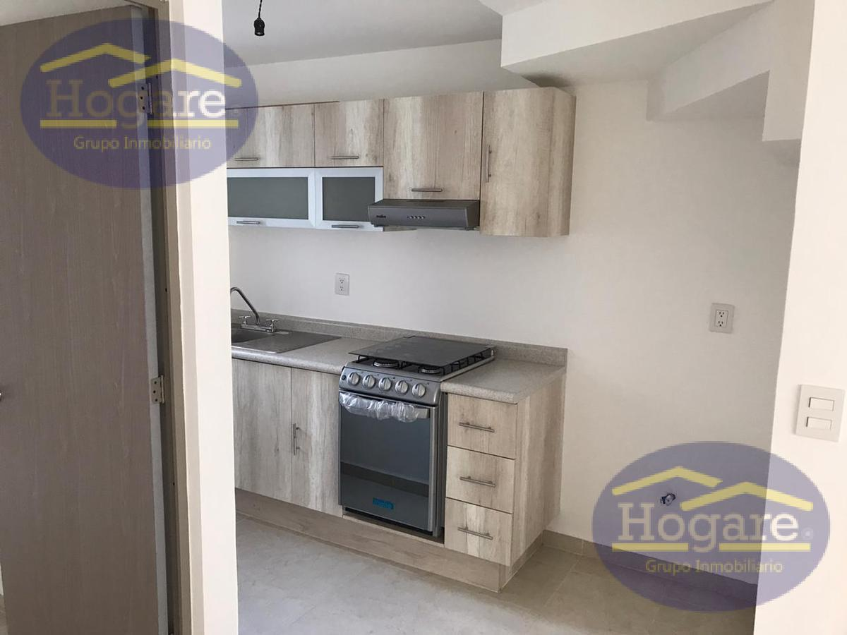 Casa en Renta con Habitación en planta baja en Valle del Roble León Gto.