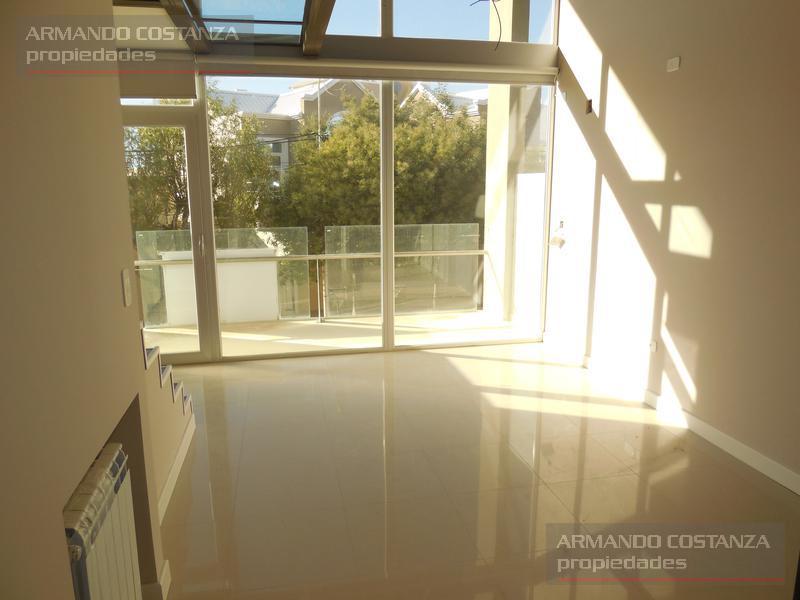 Foto Departamento en Alquiler |  en  Puerto Madryn,  Biedma  Cooperativa Mercantiles 171,  3°C