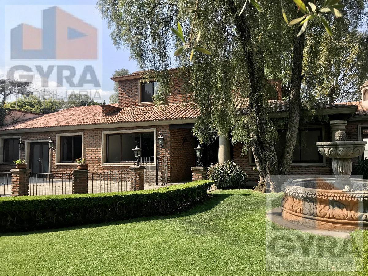 Foto Casa en condominio en Venta en  Alvaro Obregón ,  Ciudad de Mexico  Residencia en Condominio, solo 3 casas, Jardines del Pedregal.