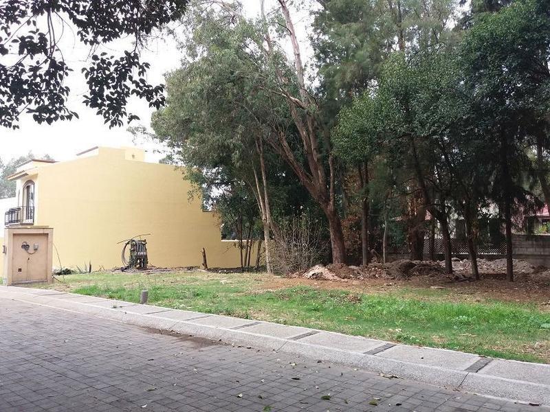 Foto Terreno en Venta en  Pueblo Ahuatepec,  Cuernavaca  Terreno Ahuatepec, Cuernavaca