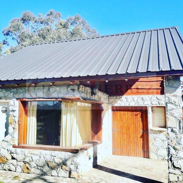 Foto Casa en Venta en  Los Acantilados,  Mar Del Plata  al 400
