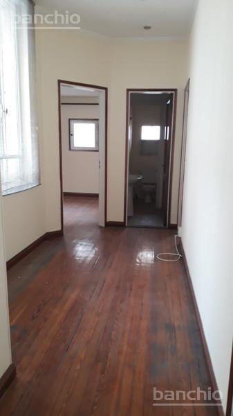 CORRIENTES al 800, Rosario, Santa Fe. Alquiler de Comercios y oficinas - Banchio Propiedades. Inmobiliaria en Rosario