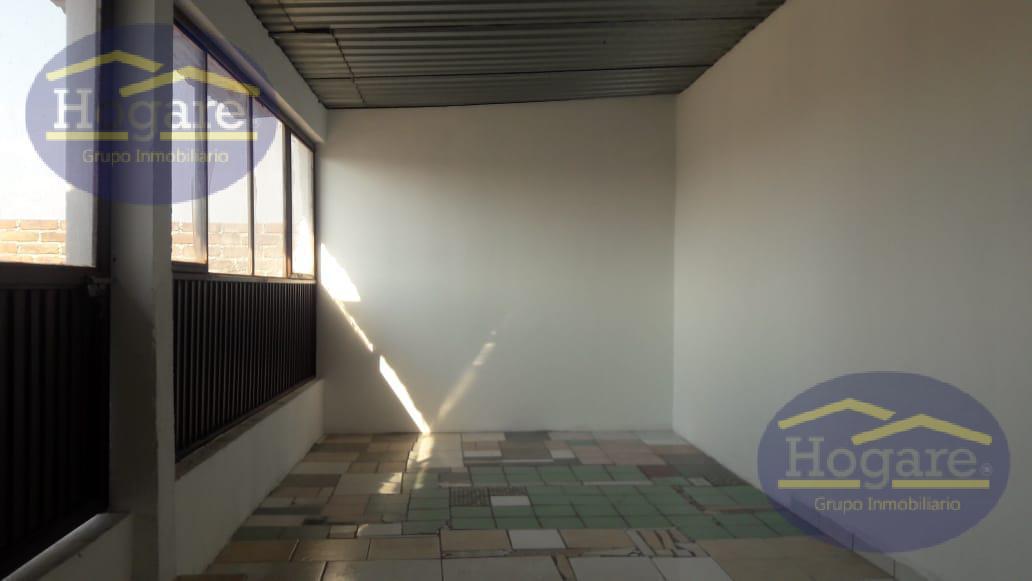 Casa Grande Renta Colonia Azteca 6 Recámaras Funcionar para Oficinas León Gto