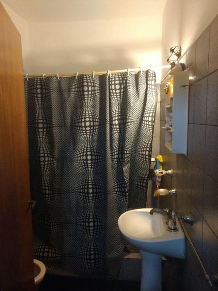 Foto Departamento en Venta en  Moron,  Moron  Azcuenaga 307 2do piso