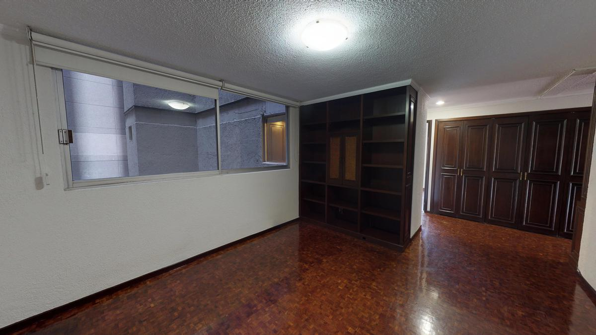 Foto Departamento en Venta en  Polanco,  Miguel Hidalgo  EXCLUSIVA Campos Elíseos, VENTA departamento para remodelar, 2 TERRAZAS (JS)