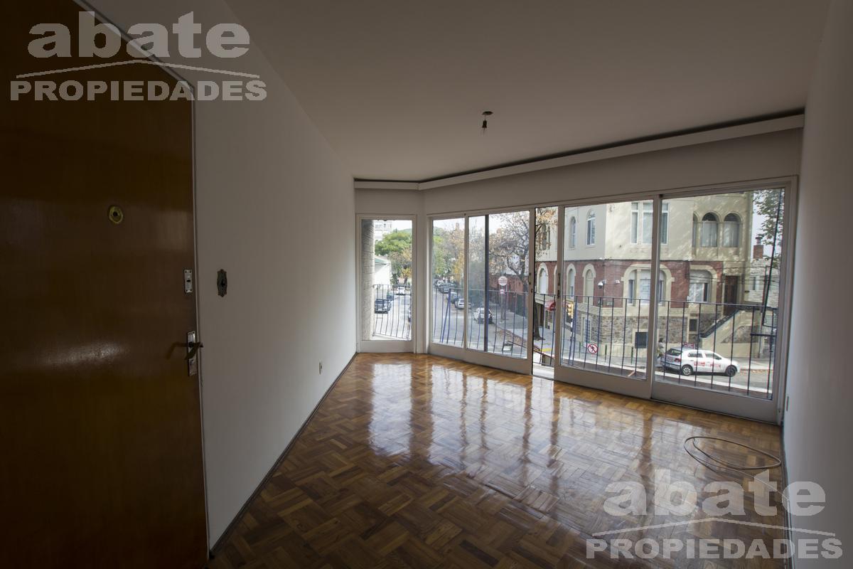Foto Apartamento en Alquiler en  Pocitos ,  Montevideo  Gabriel Pereira y Ellauri