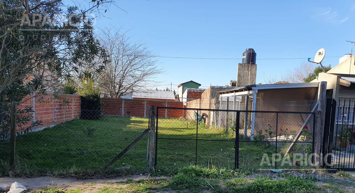 Foto Terreno en Venta en  La Plata ,  G.B.A. Zona Sur  160 Bis entre 42 y 43