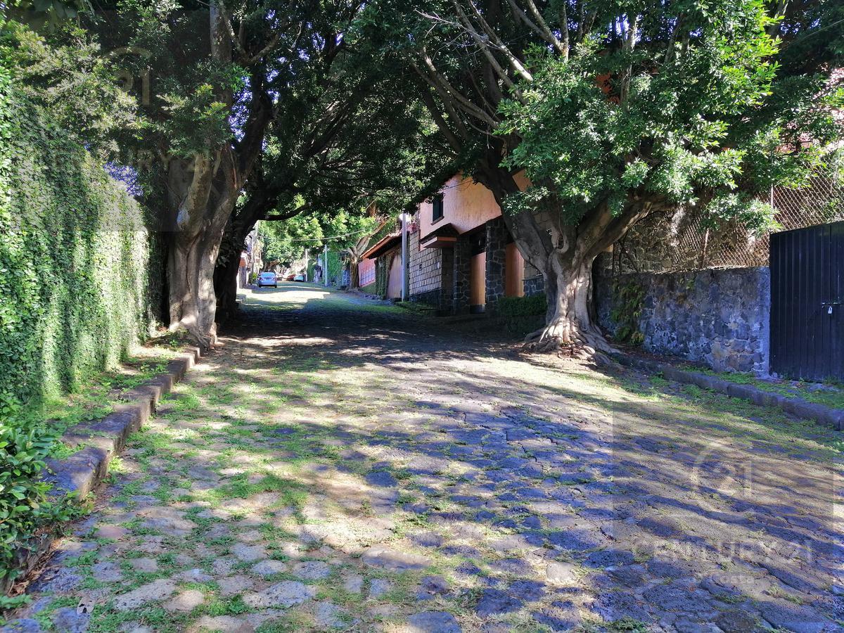 Foto Terreno en Venta en  Fraccionamiento Jardines de Ahuatepec,  Cuernavaca  Terreno Jardines de Ahuatepec, Cuernavaca