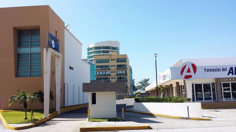 Foto Local en Renta en  Fraccionamiento Las Americas,  Boca del Río  Local en RENTA en Plaza Costa Express, Boca del Río, Veracruz