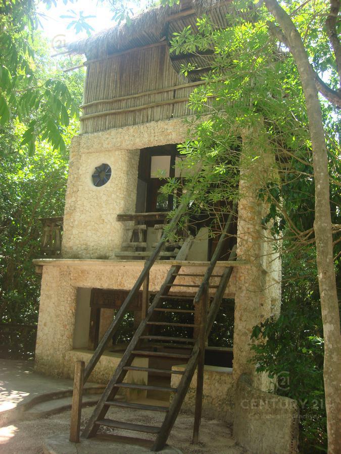 Playa del Carmen House for Sale scene image 25