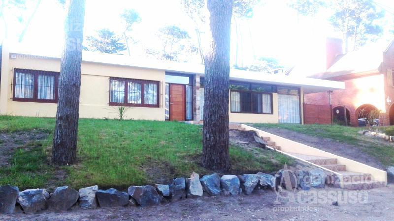 Foto Casa en Venta | Alquiler temporario en  San Rafael,  Punta del Este  Casa en Punta del Este. Calle San Remo San Rafael