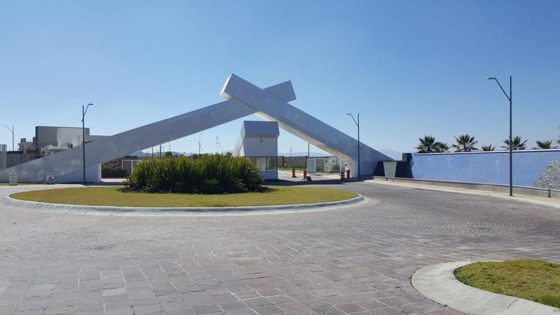 Foto Terreno en Venta en  Querétaro ,  Querétaro  TERRENO EN VENTA - CUMBRES DEL CIMATARIO - QUERETARO