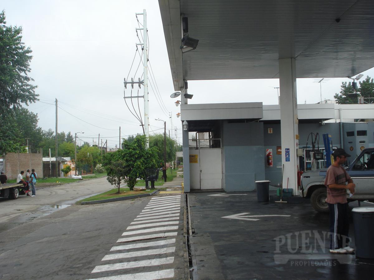 Foto Local en Alquiler en  Banfield,  Lomas De Zamora  Perón, Juan Domingo 3106