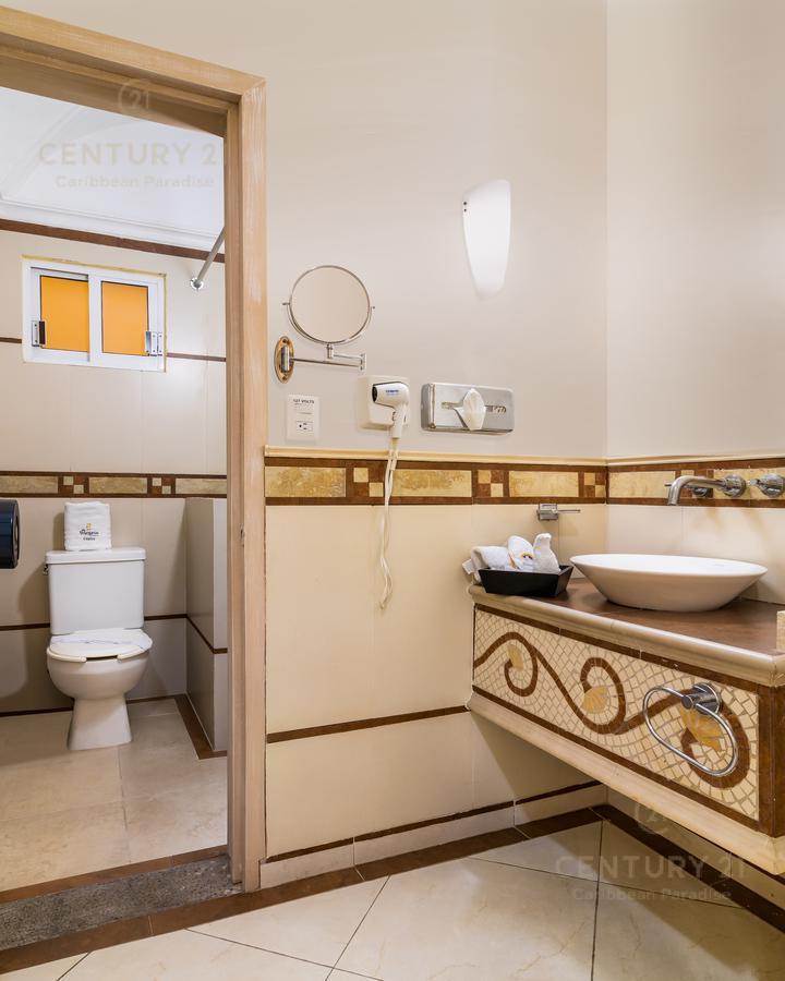 Rafael Lucio Hotel for Venta scene image 8