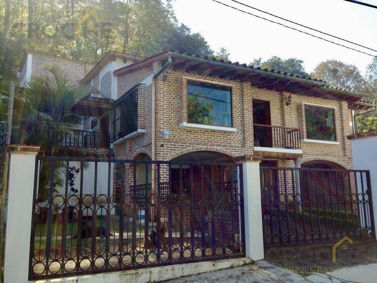 Foto Casa en Venta |  en  Plan de la Cruz,  Coatepec  Casa en venta en Coatepec Briones  Veracruz, Colonia Plan de la Cruz