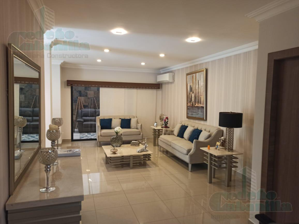 Foto Casa en Venta en  Vía a la Costa,  Guayaquil  VENTA DE CASA CON PISCINA PRIMEROS KMS VIA A LA COSTA