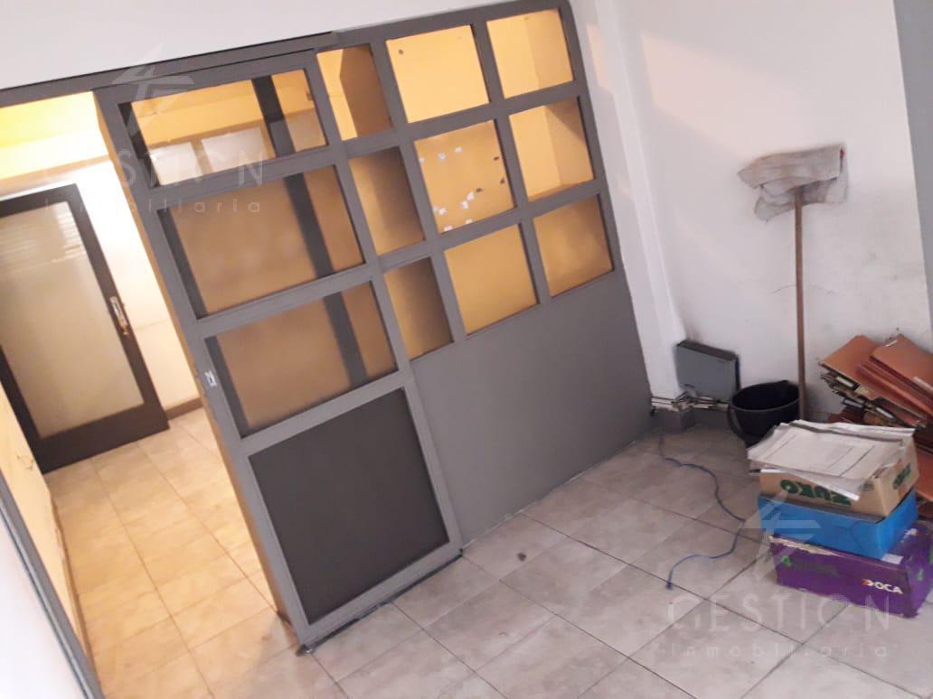 Foto Oficina en Venta en  Centro,  Cordoba  Oficina en pleno Centro  - Av. Olmos 100