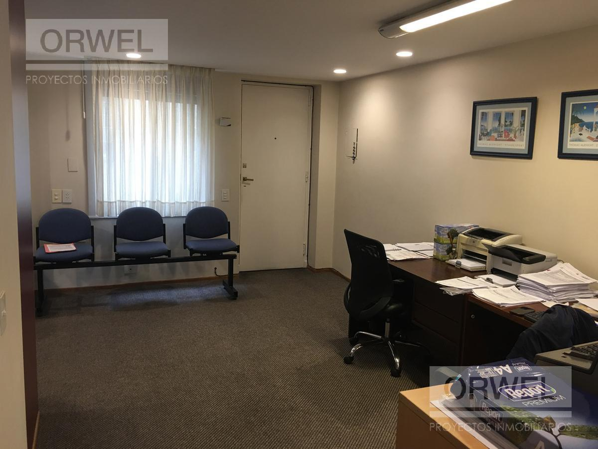Foto Oficina en Venta en  Centro ,  Capital Federal  Leandro N. Alem al 600 y Viamonte