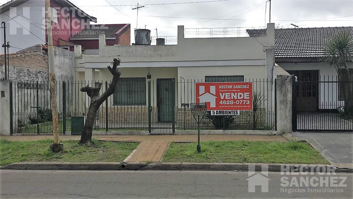 Foto Casa en Venta en  Moron,  Moron  IBAÑEZ al 1100