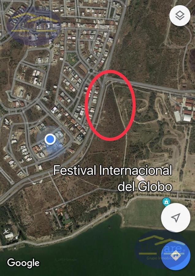Terreno Comercial de 1 ha. en El molino residencial León Gto
