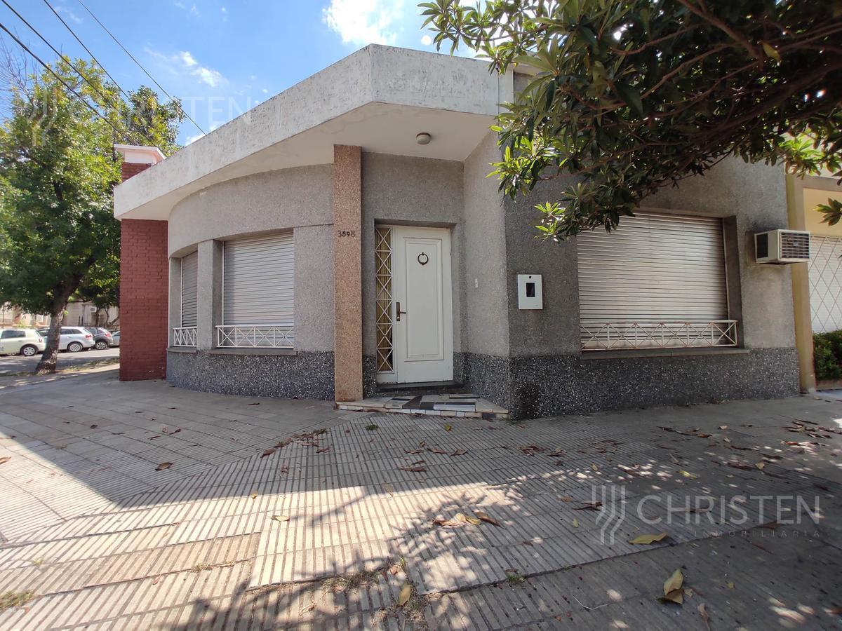 Foto Casa en Venta en  La Capital ,  Santa Fe  Santiago del Estero al 3500