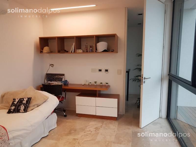 Foto Casa en Venta en  Barbarita,  Countries/B.Cerrado  Barbarita al 100