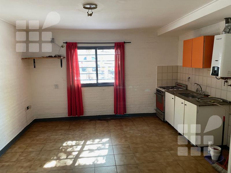 Foto Departamento en Alquiler en  La Plata ,  G.B.A. Zona Sur  63 Nº 486