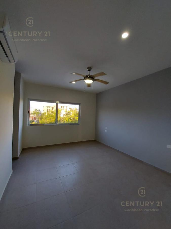 Playa del Carmen House for Sale scene image 36