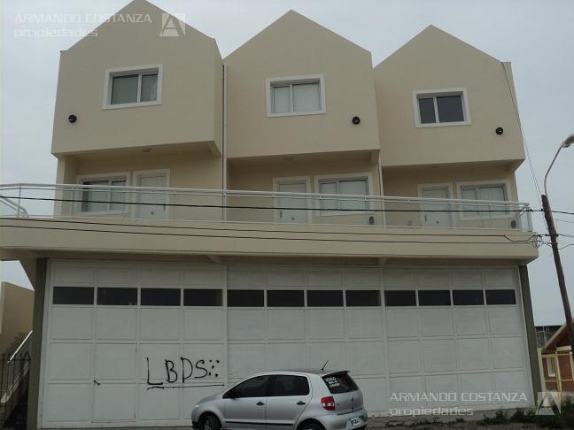 Foto Departamento en Alquiler en  Puerto Madryn,  Biedma  Juan B  Justo 2614 Dx2