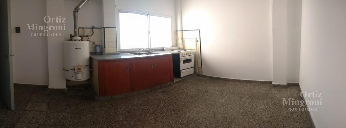 Foto Departamento en Alquiler en  Lomas De Zamora,  Lomas De Zamora  Loria al 1000