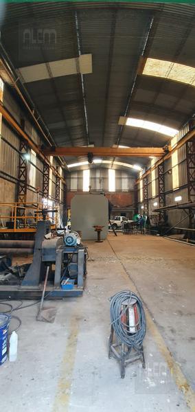 Foto Nave Industrial en Alquiler en  Lomas De Zamora ,  G.B.A. Zona Sur  Republica de Perú 16
