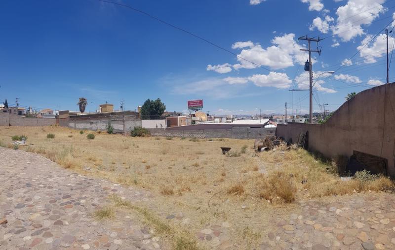 Foto Terreno en Venta en  Lomas del Santuario,  Chihuahua  CALLE 28 Y ORTIZ MENA