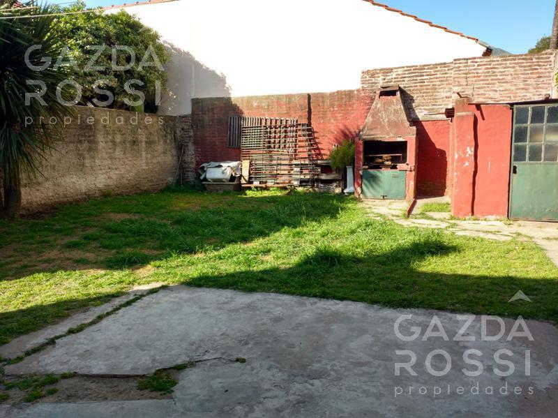 Foto Casa en Venta en  Adrogue,  Almirante Brown  Martin Rodriguez 25