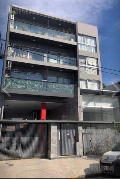 Foto Departamento en Venta en  Villa Ballester,  General San Martin  Alvear al 2200 e/República y Libertad