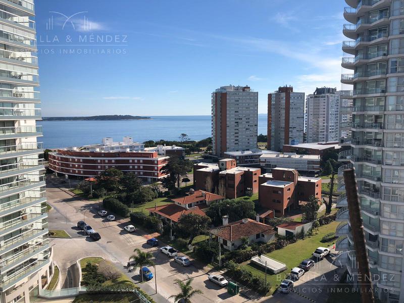 Foto Apartamento en Venta en  Playa Mansa,  Punta del Este  Avda. Pedragosa Sierra y Miami