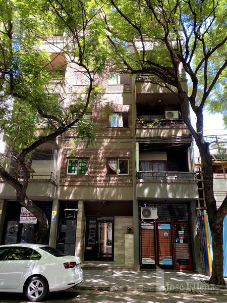 Foto Departamento en Venta en  Rosario ,  Santa Fe  Montevideo / Italia