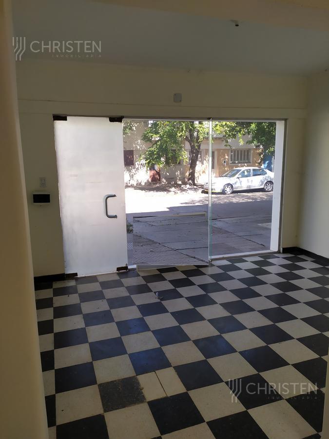 Foto Local en Alquiler en  La Capital ,  Santa Fe  Avenida Freyre al 2900