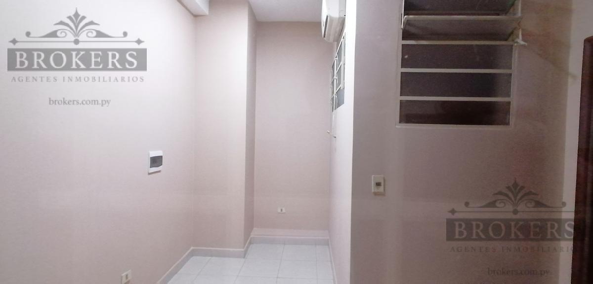 Foto Oficina en Alquiler en  La Encarnacion ,  Asunción  Alquilo Oficina De 12 M2 En El Centro De Asunción